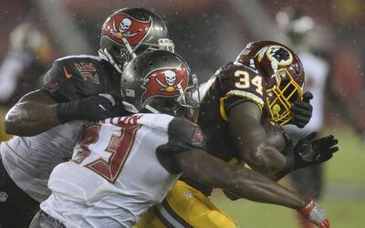 Redskins - Buccaneers: Noche espectacular del corredor Mack Brown
