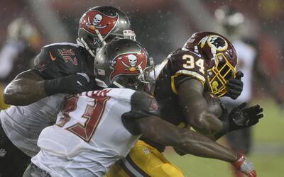 Redskins - Buccaneers: Noche espectacular del corredor Mack Brown