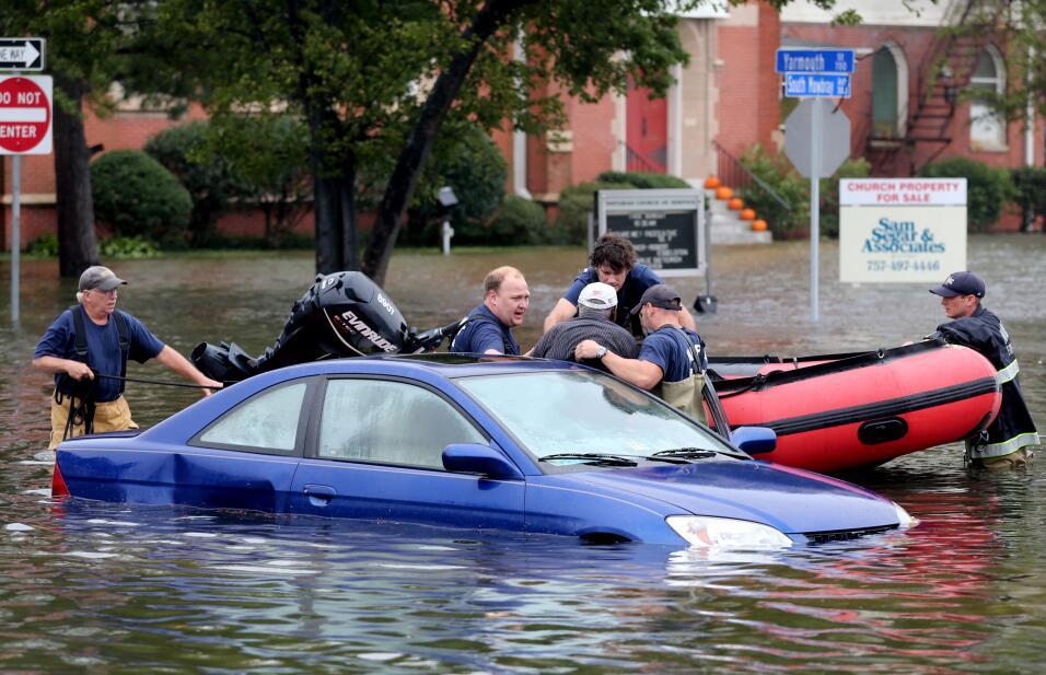 Las lluvias rompen presas en Carolina del Sur East%20Coast%20Rainstorm_F...