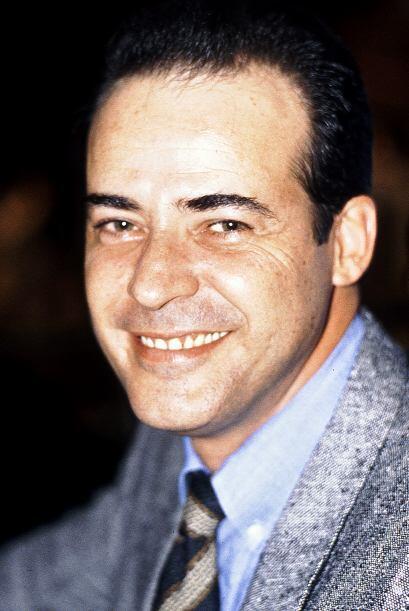 "César Evora en su personaje ""Juan de la Cruz"" en la telenovela ""El Privi..."