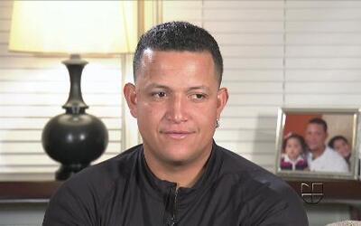 Entrevista exclusiva con el  'triple coronado' Miguel Cabrera en Univisi...