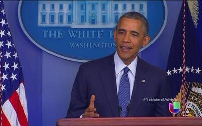 El Presidente Obama dijo que buscaría fondos para la crisis en la fronte...