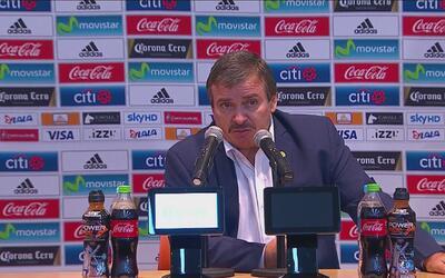 """Oscar Ramírez: """"Nos costó entrar al partido, y el segundo gol nos complicó"""""""
