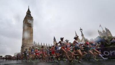 Un año después de los disturbios, Londres disfruta del espíritu olímpico...