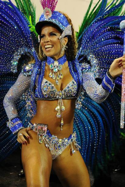 Renata Santos fue la deslumbrante morena que brilló con su atuend...