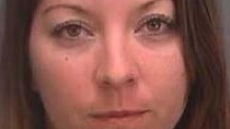Fue puesta bajo arresto luego que abofeteara varias veces a su abuela de...
