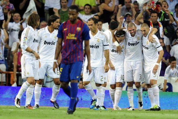Una gran jugada colectiva, principalmente armada por Karim Benzema, culm...