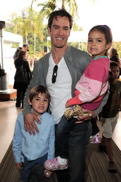 Con ella tuvo a los pequeños Michael y Ava. Mira aquí m&aa...