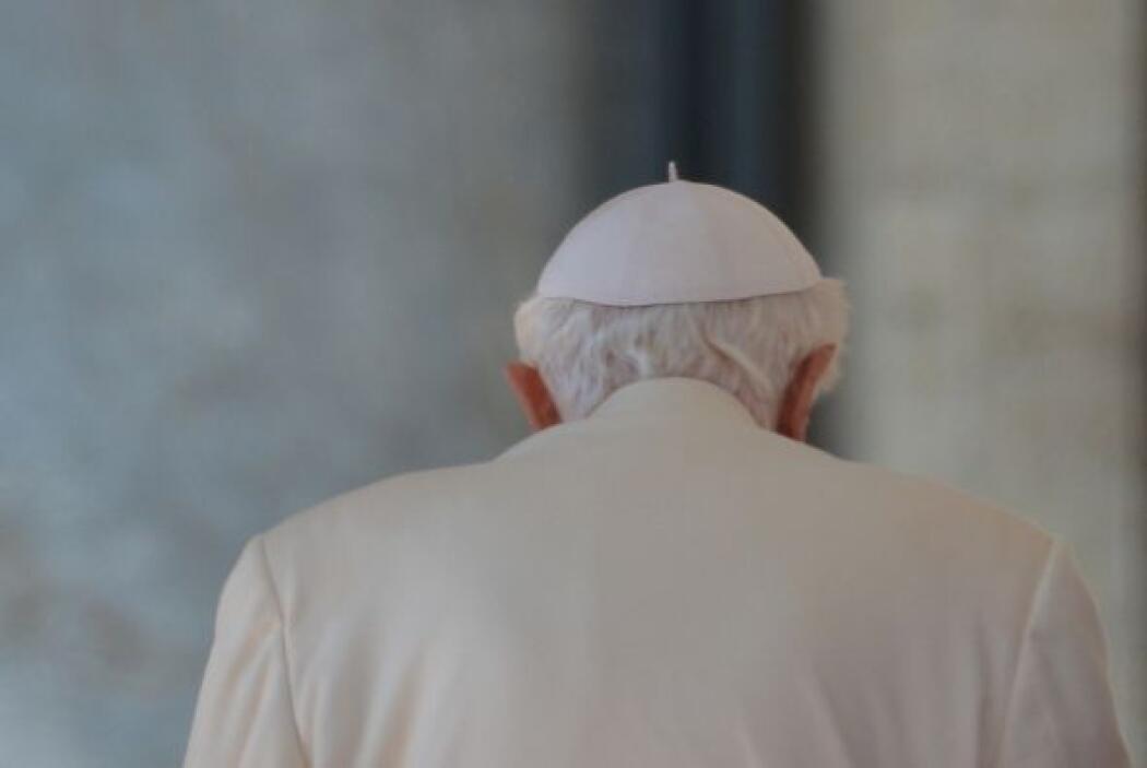 La renuncia de Benedicto XVI estremeció al mundo y también los cimientos...