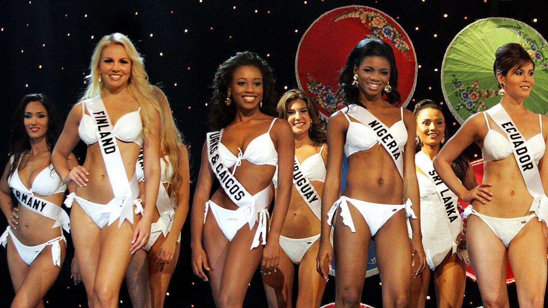 Candidatas a Miss Universo en bikini Bangkok 2005