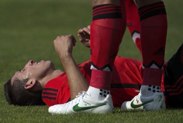 Héctor Herrera saldría de cambio tras recibir un golpe en la nariz de Bl...