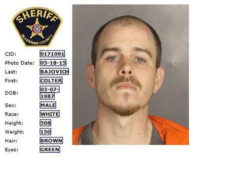 Colter Bajovivh (Departamento de Policía de Waco).