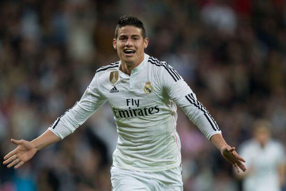 El desempeño de James al frente del Real Madrid lo ha llenado de elogios...