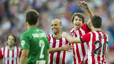 El Athletic Club goleó al Levante con tantos de Aritz Aduriz, Ander Itur...