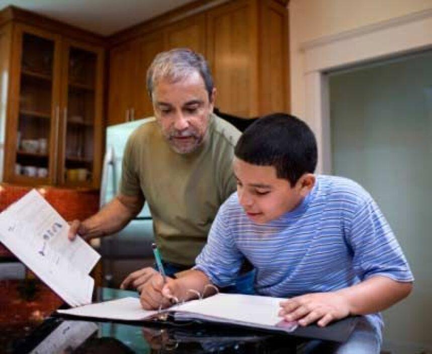 Ejemplo y MotivaciónComo padres no podemos tener todas las contestacione...