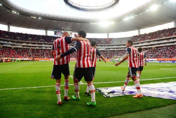 La necesidad de Chivas de brillar y ganar ante el acérrimo rival. Un tri...