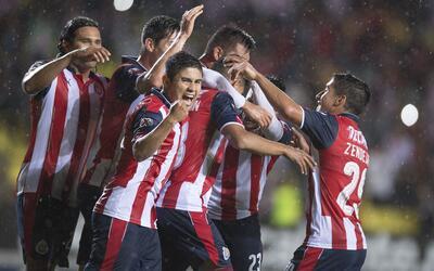 Un gol le bastó a Chivas para vencer a Morelia y avanzar a cuartos de la...