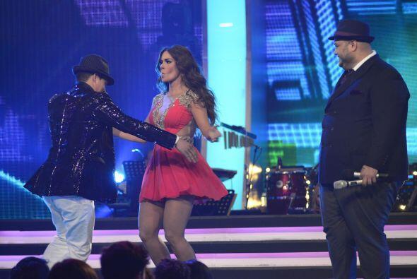 Como Fer Corona bailó la semana pasada con la Guzmán, Danny no se quedó...