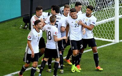 Alemania aplastó a Eslovaquia y avanzó