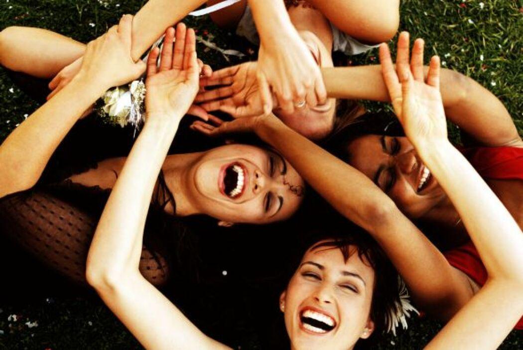 Oportunidades que debes aprovechar este mes: Un evento social en un siti...