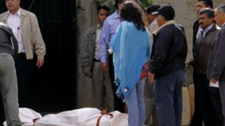 Al menos ocho muertos y doce heridos dejó una balacera entre pobladores...