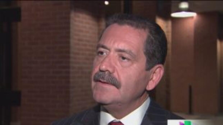 Jesús 'Chuy' García es el nuevo rival de Rahm Emanuel