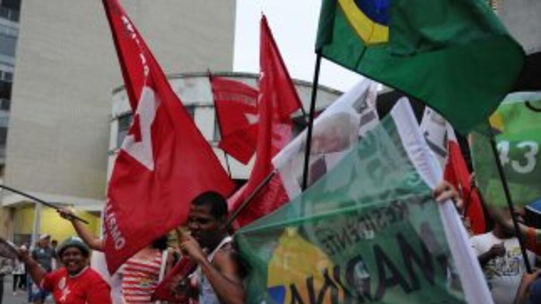 El PT, al que también pertenece la presidenta Dilma Rousseff, fue entre...