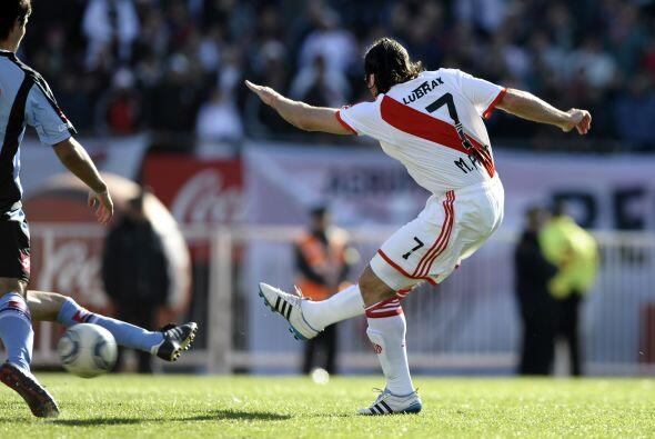 River empató en la vuelta 1-1 con Belgrano de Córdoba que...