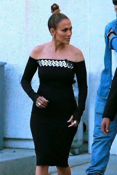 Sin duda, ese vestido le sentó muy bien - le quedaba como un guante.