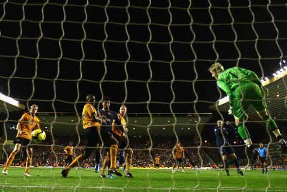 Tres goles metió el Wolverhampton en su partido ante el Arsenal,...