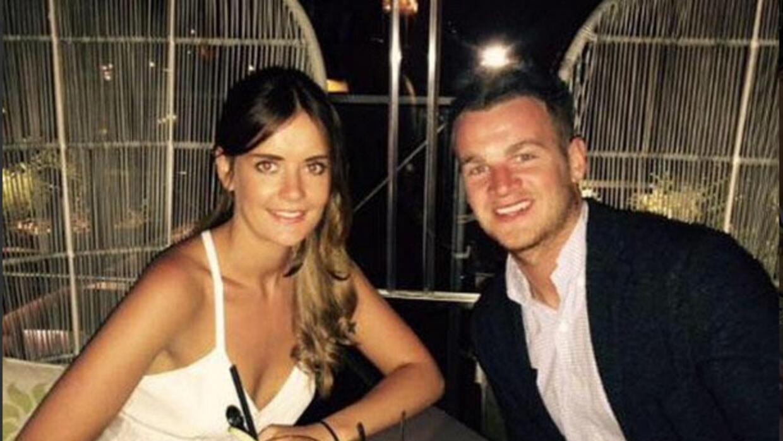 La asistente de Cruise publicó una foto con su actual pareja.