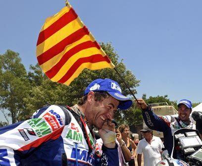 En Motos, el español Marc Coma se proclamó campeón...