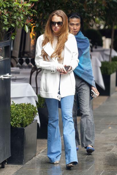 Lindsay Lohan no acertó con su atuendo por eso es una de las peor...