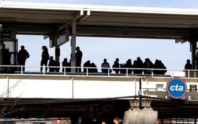 'Chicago en un Minuto': robo en estaciones de la CTA alerta a las autori...