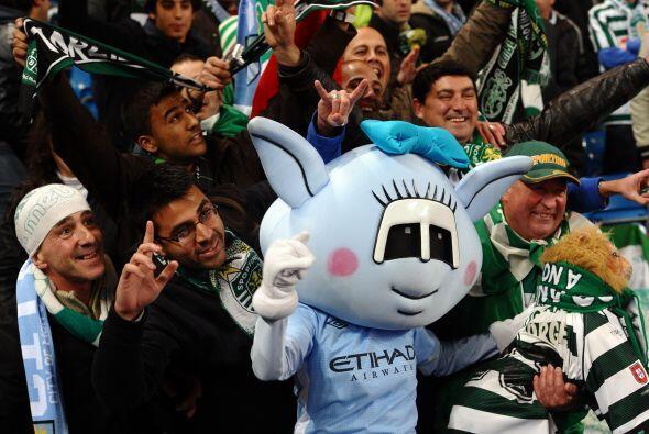 Y era el turno para el otro Manchester, City, de remontar su eliminatori...