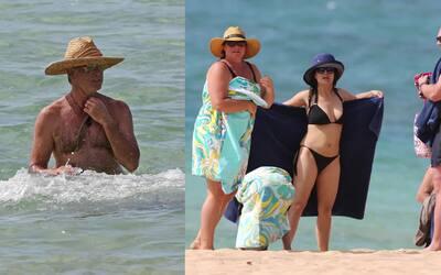 Salma Hayek y Pierce Brosnan de vacaciones