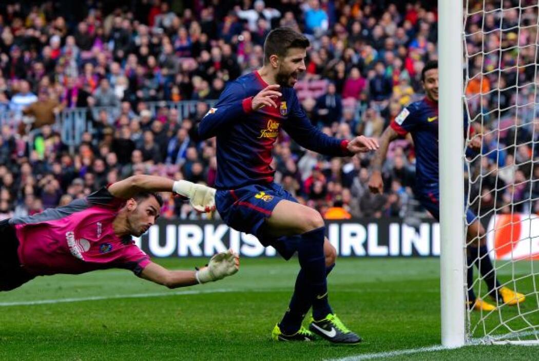 El central del Barcelona fue parte del festín que se dio el Barcelona en...