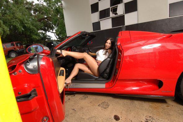 La sensual Mayra Verónica es una de las reinas de nuestra sección que má...