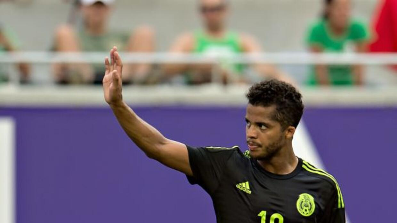 8     Giovani dos Santos tomó el mando del equipo cuando inici&oa...