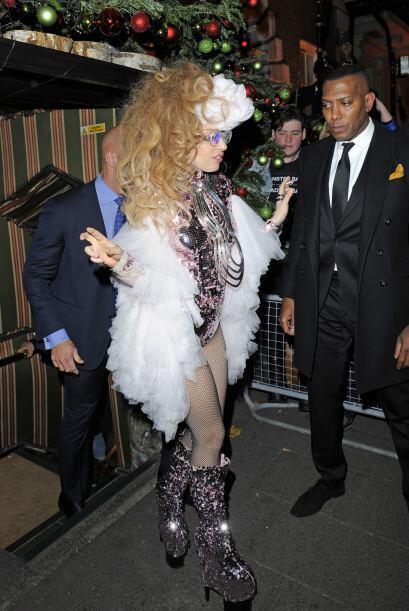 La que ama estar en la lista de las peores vestidas es Lady Gaga, cuyos...