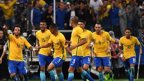Brasil celebra un gol