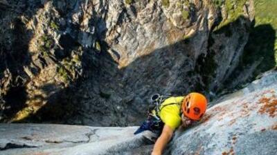 Descubrir una nueva ruta de escalada en Yosemite es como encontrar una a...