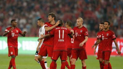 Bayern celebra ante Valencia,