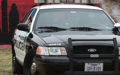 Departamento de seguridad pública texano quiere que más mujeres hagan pa...