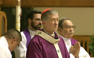 El cardenal Blase Cupich mandó un mensaje esperanzador a inmigrantes de...