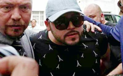 Gerardo Ortiz salió bajo fianza luego de haber sido arrestado por la pol...