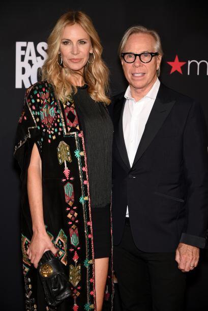 Tommy Hilfiger y su esposa, Dee Ocleppo, siempre están presentes...