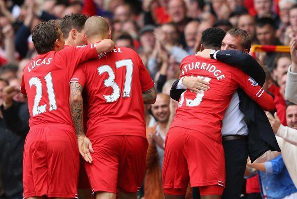 El delantero Daniel Sturridge puso en ventaja a los 'Reds'.