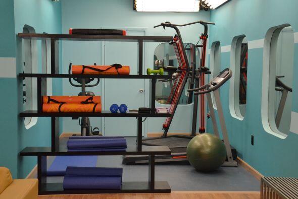 El gimnasio para los que no pueden vivir sin el, para ponerse en forma y...