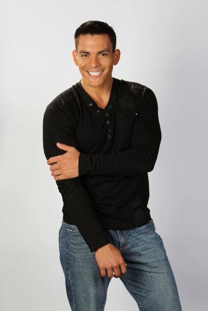 Jonathan Manriquez es mexicano y fue descubierto en Houston. Bailar es s...